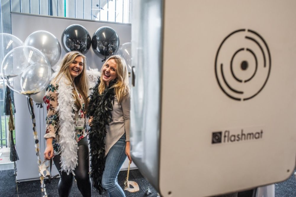 Flashmat gives photo booths a millennial makeover