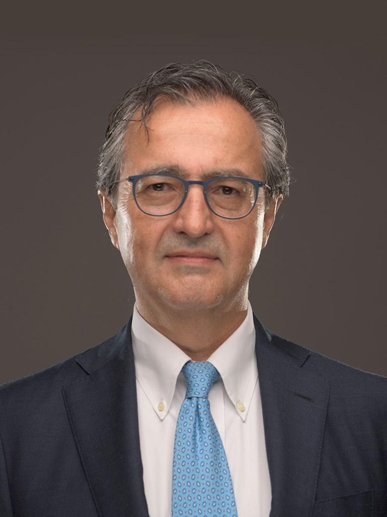 السيد/ إدواردو بومبييري