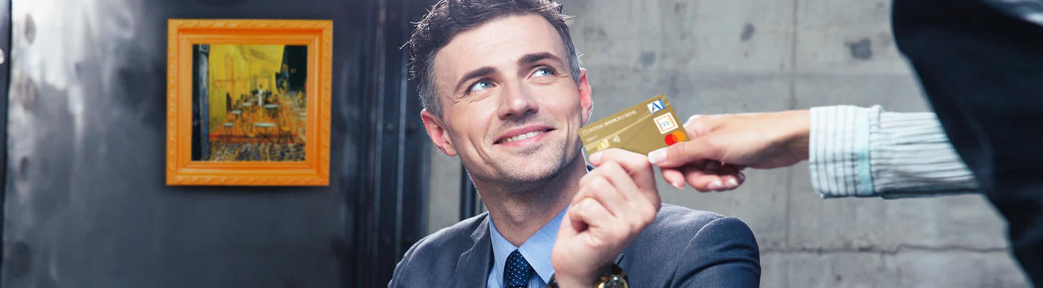 gold card Mastercard