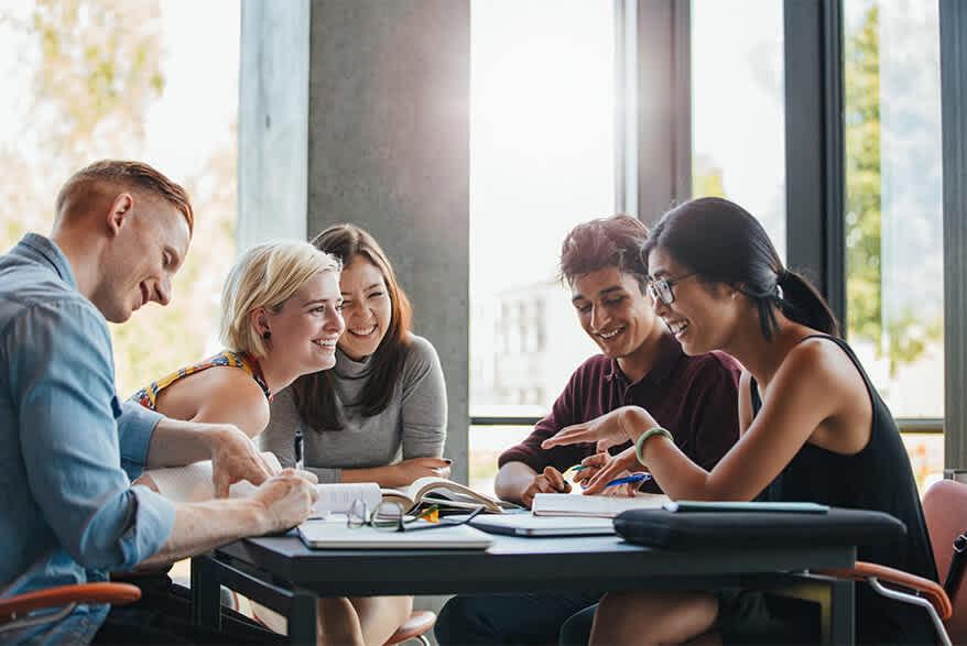 Take out an Erasmus Plus student loan