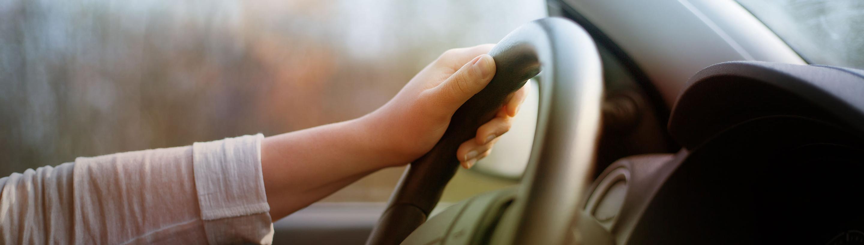 Roke za volanom