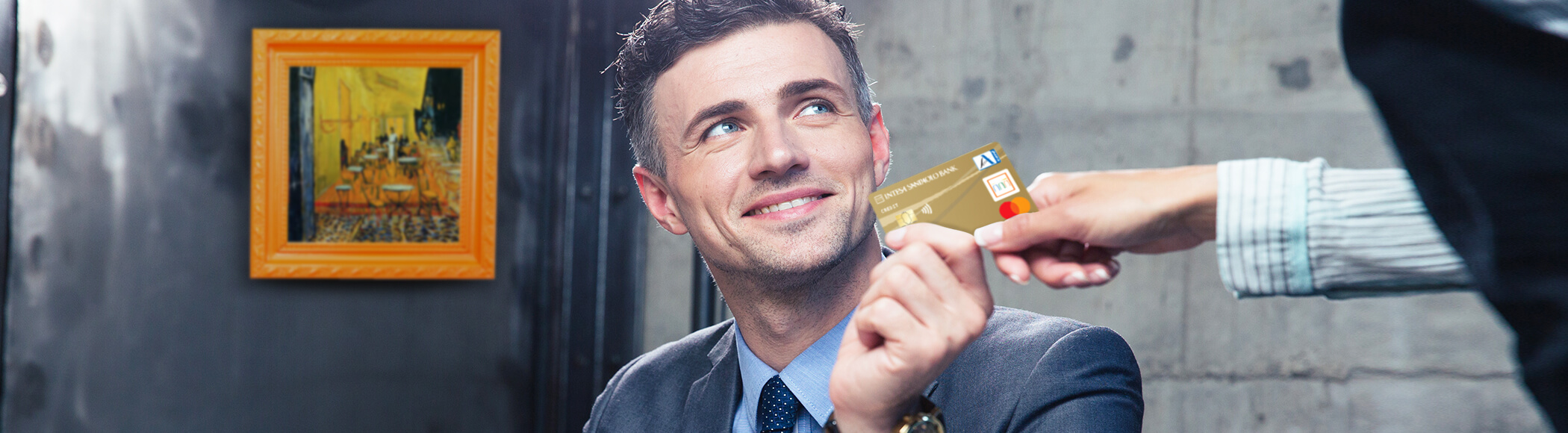 zlati kartici z odloženim plačilom Activa Visa in Activa Mastercard