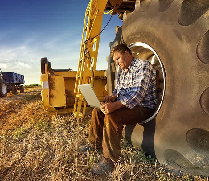 farmer invest kredit banca intesa za poljoprivredu investiciona ulaganja kupovina mehanizacije