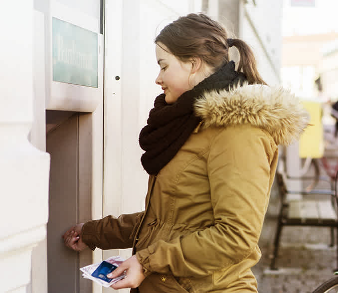 cash in bankomati uplata novca na bankomatima banca intesa