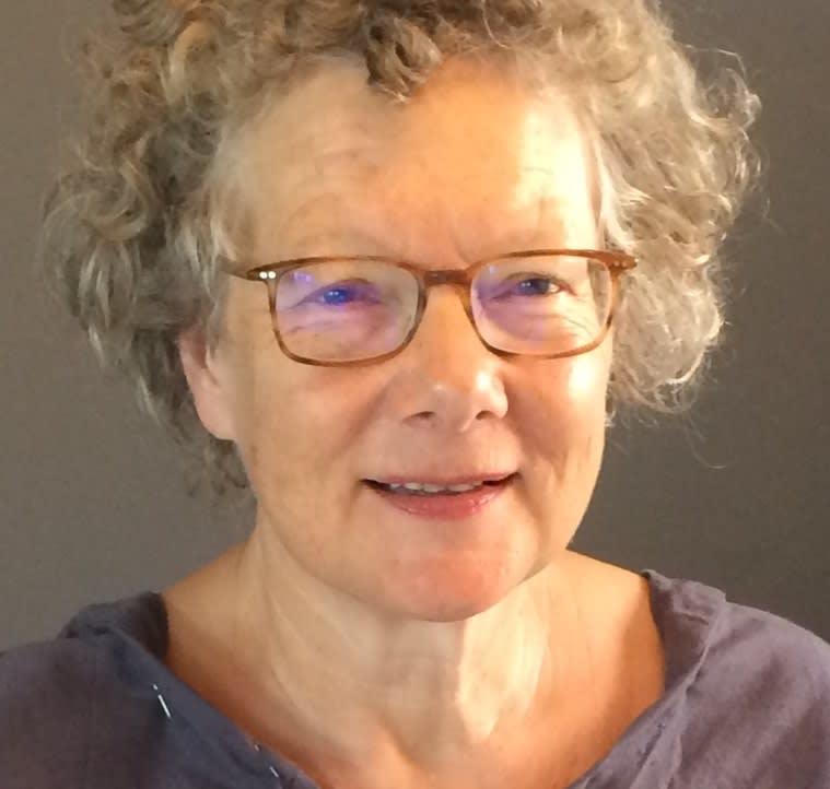Dr Jenifer Wakelyn