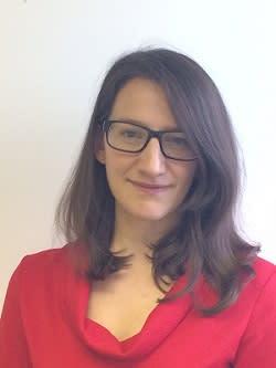 Dr Robyn Vesey