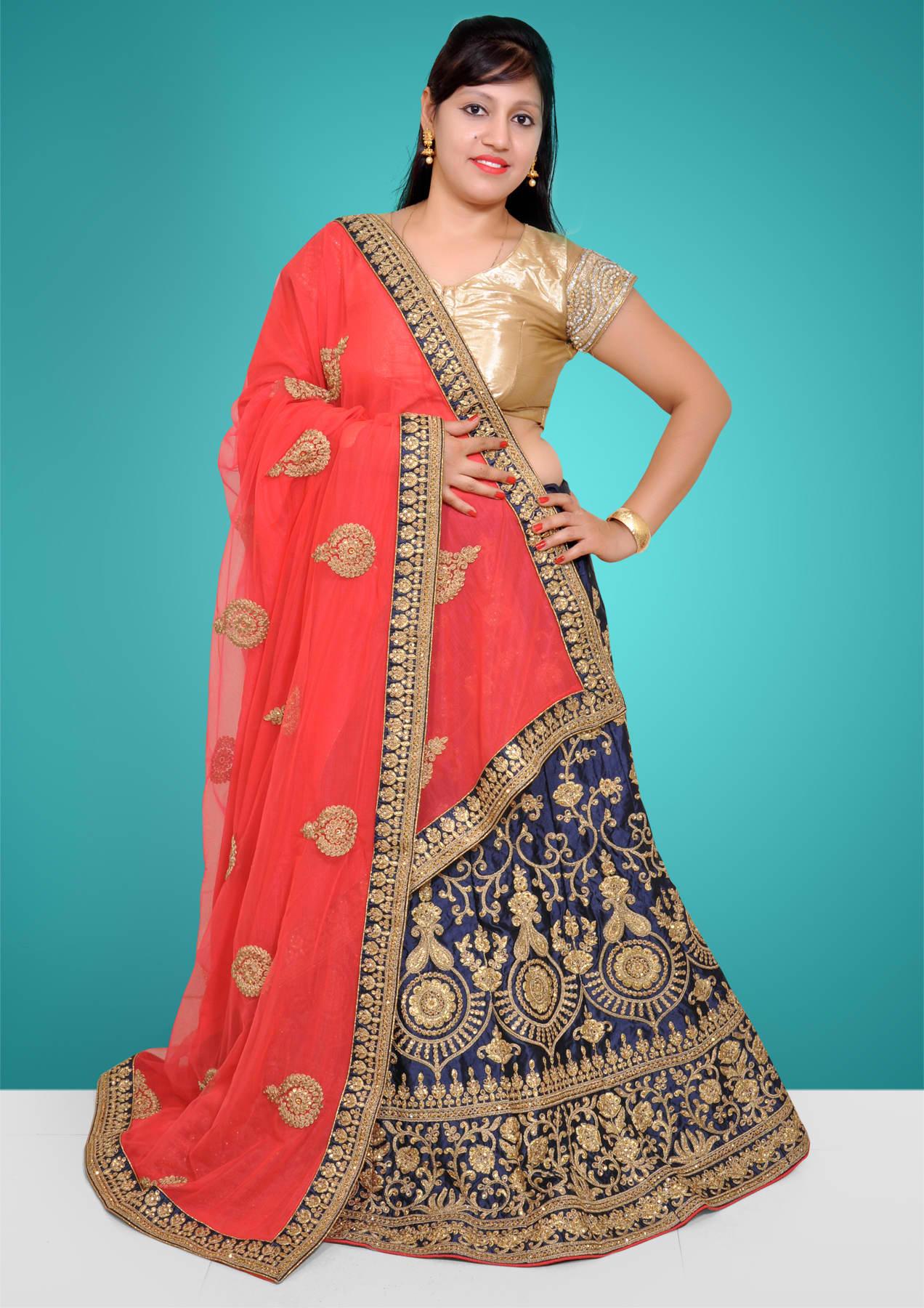 Womens Ethnic Clothing on Rent & Lend: Vastram Fashion Rental India