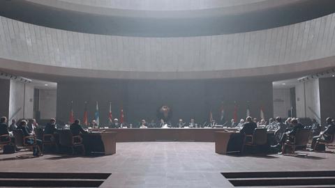 DJ Shadow ft. Run The Jewels – Nobody Speak