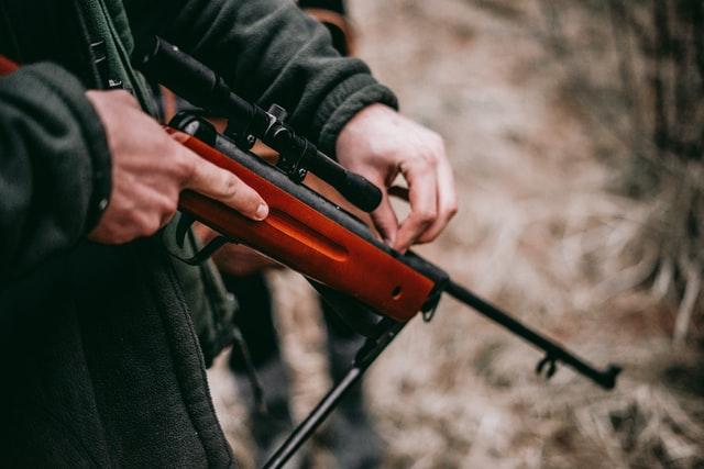 Richtiger Umgang mit Waffen / Munition: Waffengesetz   Tresoro