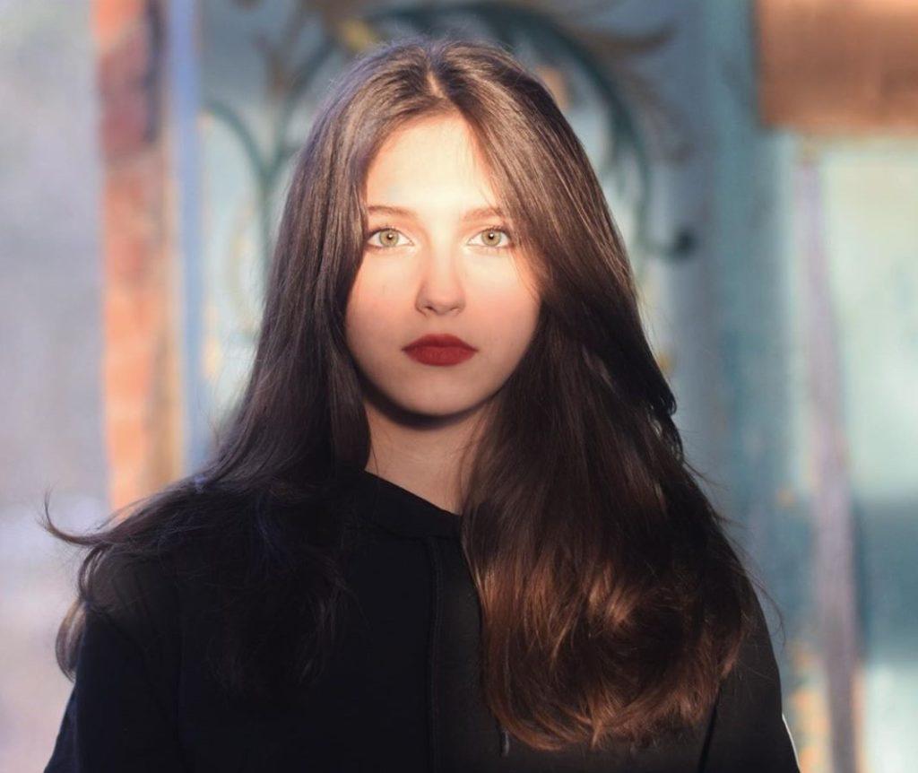 Копия мамы: показываем, как сейчас выглядит старшая дочь актрисы Екатерины Климовой Елизавета
