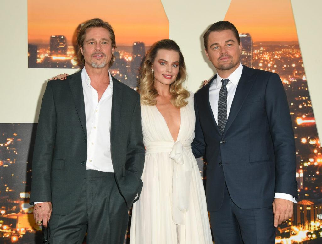 Брэд Питт, Марго Робби и Леонардо ДиКаприо на премьере «Однажды в Голливуде» в Голливуде