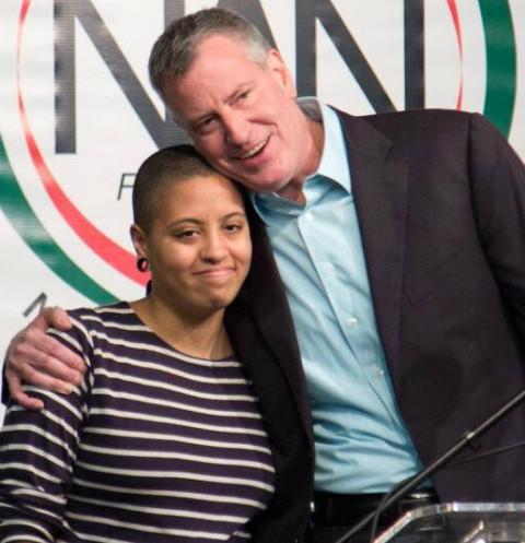 В Сеть попали интимные фотографии дочери мэра Нью-Йорка