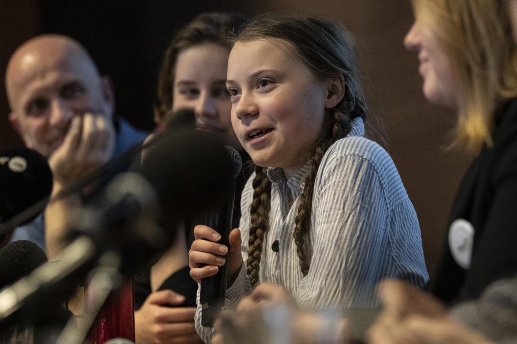 «Озноб и кашель»: Грета Тунберг считает, что переболела коронавирусом