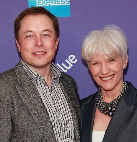 Мама Илона Маска: «При запуске ракеты сын прыгал от радости»