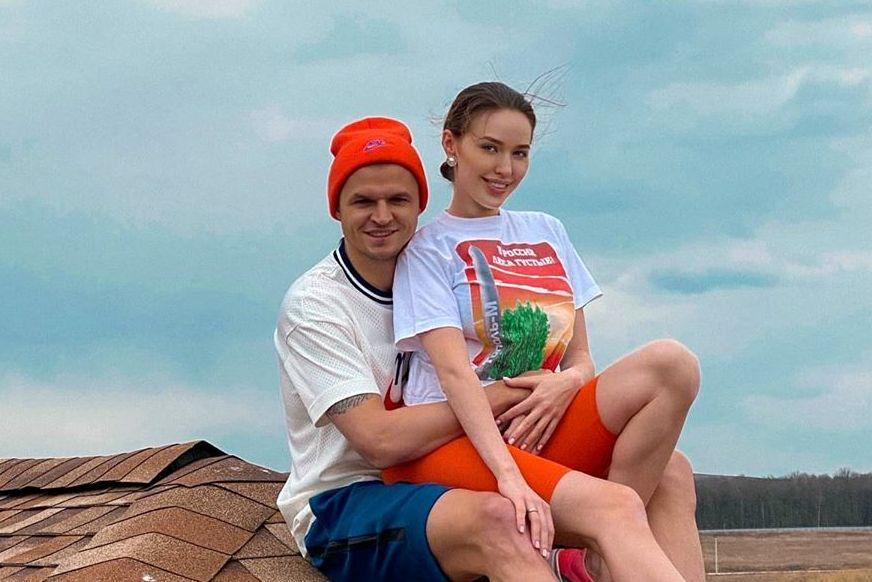 Тарасов и Костенко забрались на крышу ради экстремальных фото