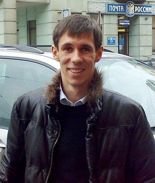 Алексей Панин показал подписчикам целлюлит своей девушки