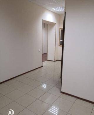 Офисное помещение, 781 м²