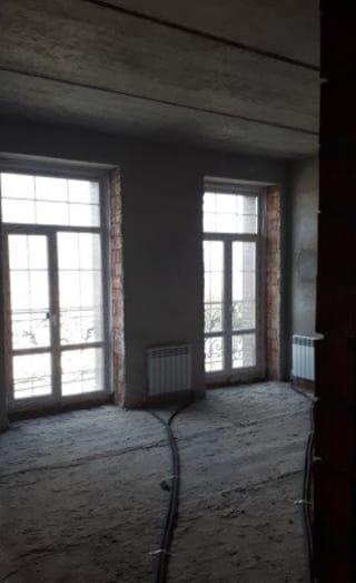 4-к квартира, 135.4 м², 2/3 эт.