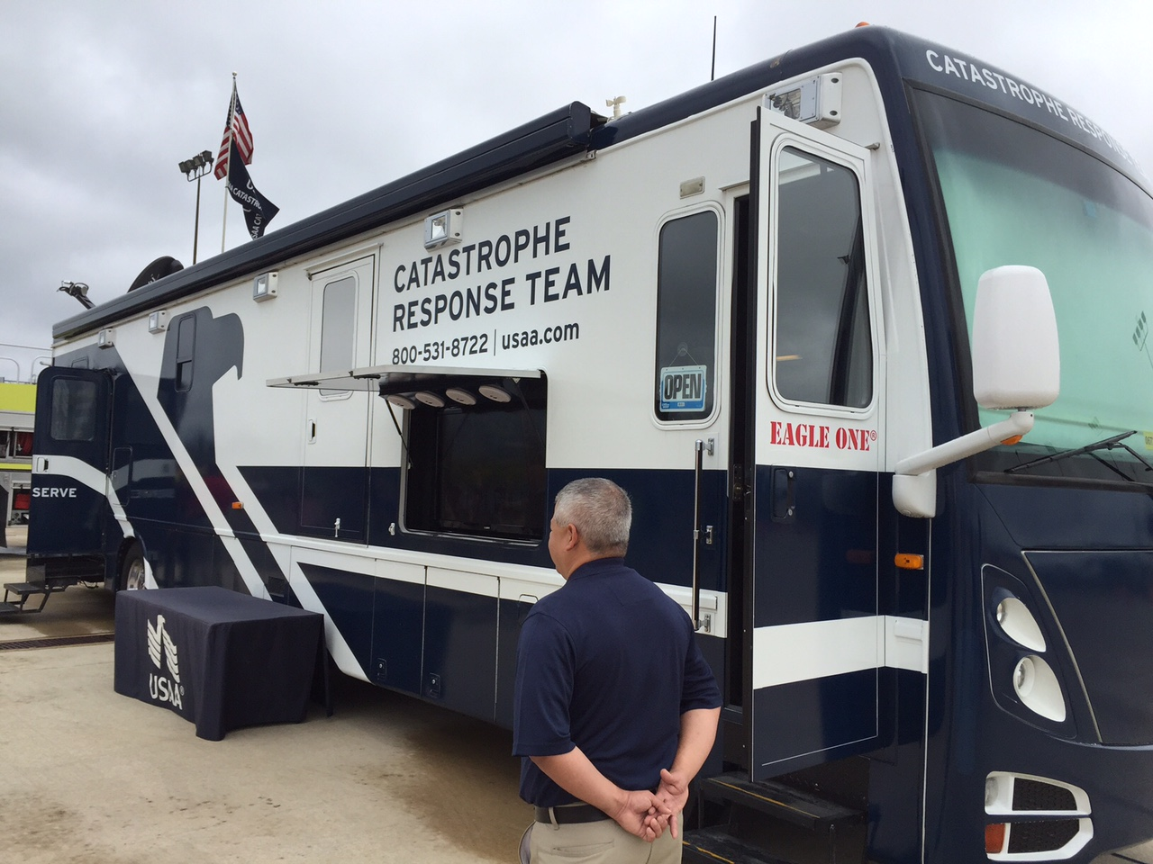 A USAA mobile-claims unit, ready to help customers file insurance claims. Image credit: Weather.blog