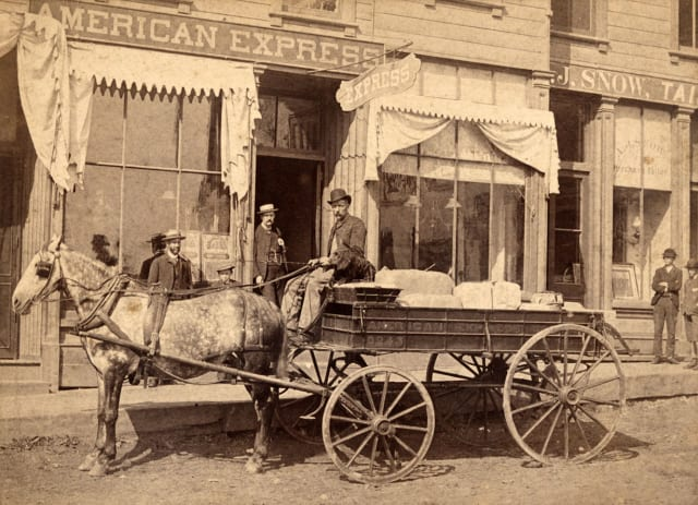 An American Express Order and Commission Department, approx. 1878. Image credit: Smithsonian Institution