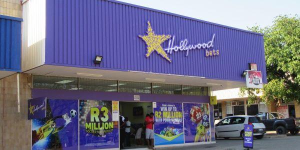 Palm Street Mall