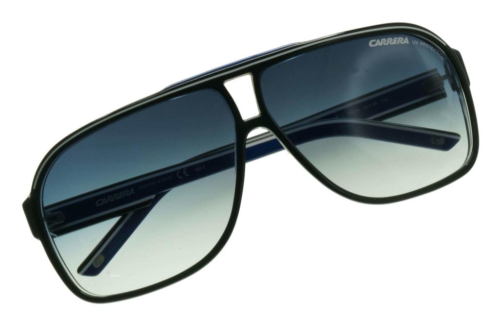 d84c0486e3 ... lunettes de soleil Carrera Grand Prix 2 T5C08 Noir Bleu Carrera