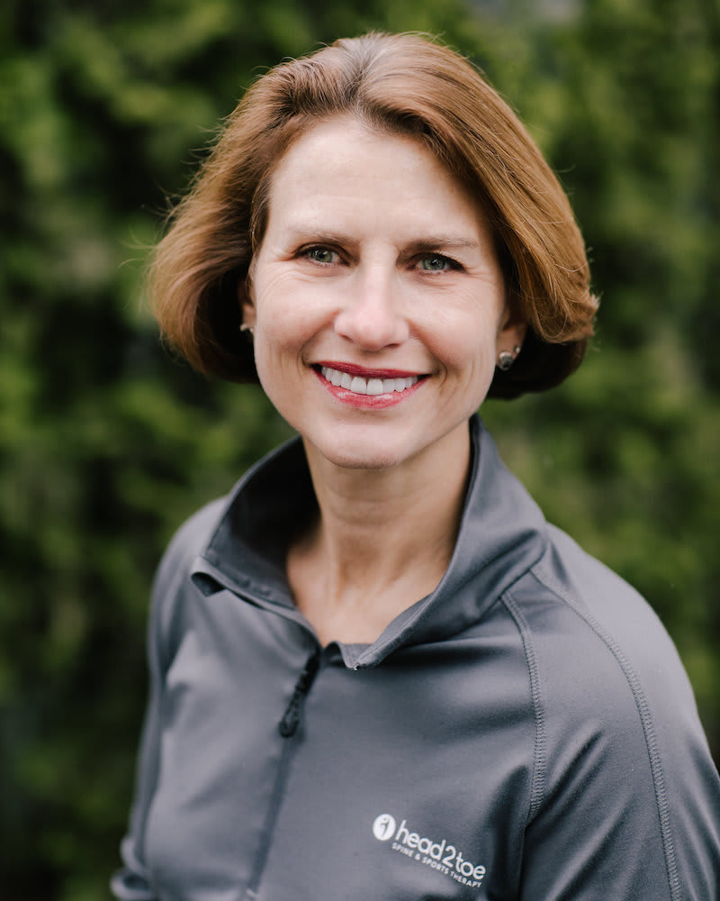 Dr. Jennifer Righi in Edmonds - Head 2 Toe Spine & Sports Therapy
