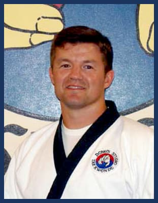 Master Jason Stanley  in Richmond - Dong's Karate
