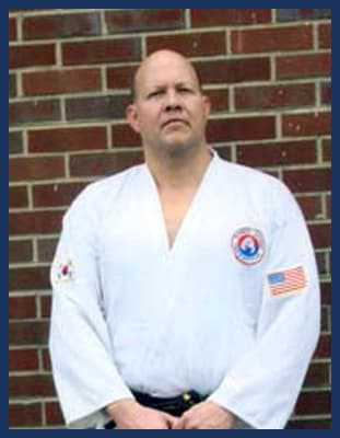 Master Jay Straughn in Richmond - Dong's Karate