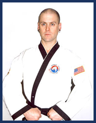 Master Daniel Napier in Richmond - Dong's Karate