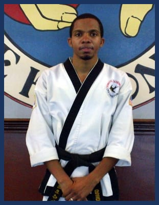 Instructor Carlton Williams in Richmond - Dong's Karate