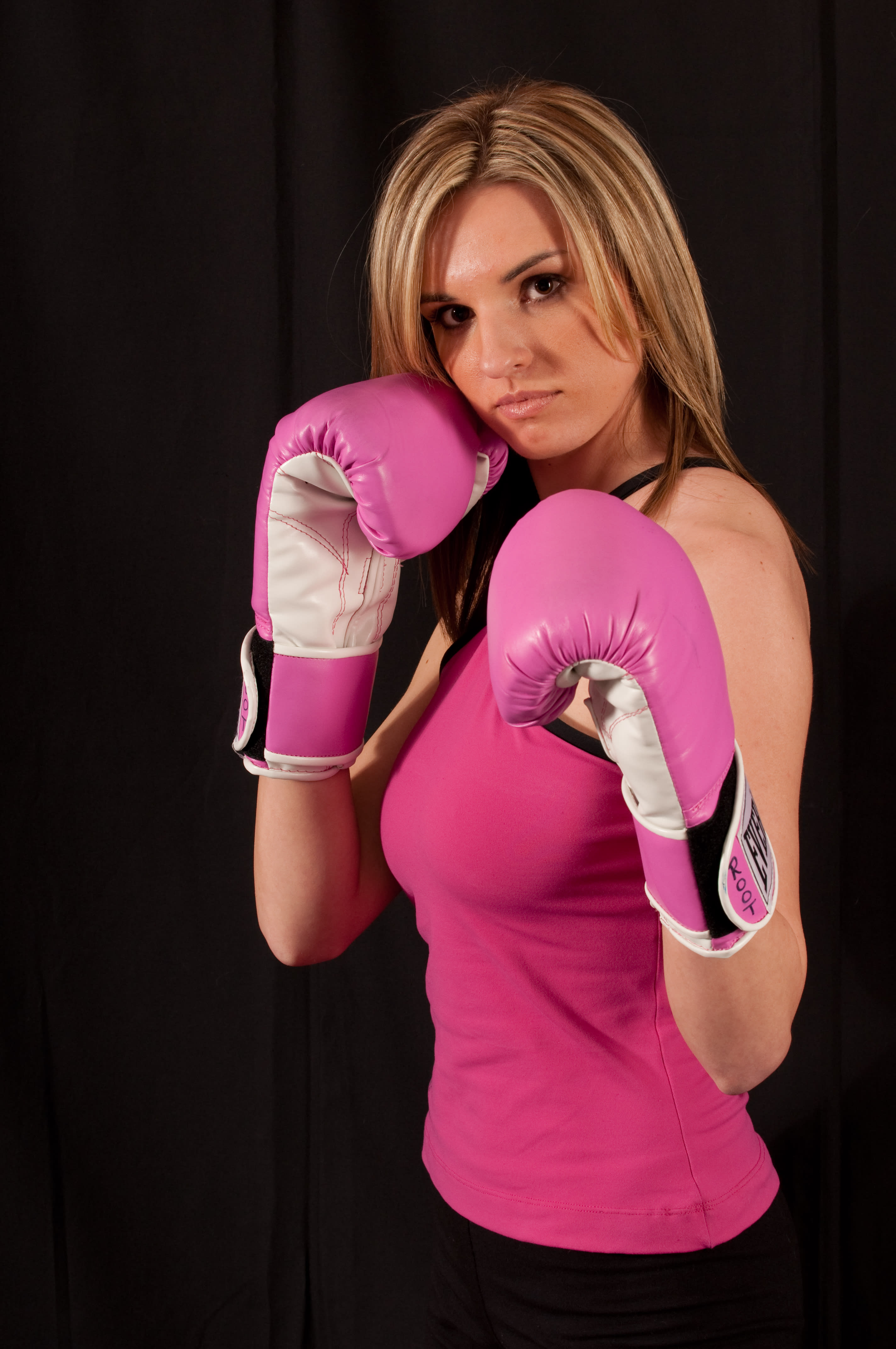 Kimberly Root in Cuyahoga Falls - World Kickboxing Academy