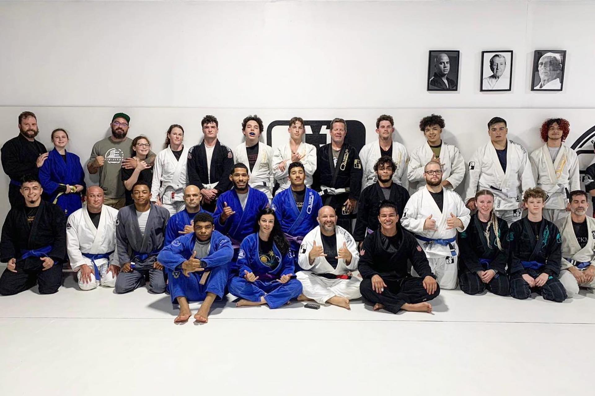 <style> h1 {   text-shadow: 2px 2px 8px #1e2a55; } </style>Lutz's #1 Source for Premier BJJ Training