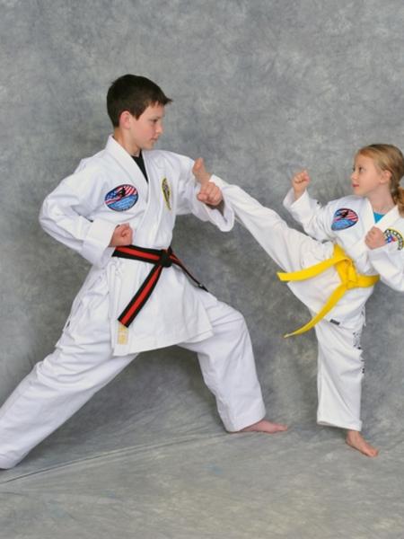 Alex Masnica in Maryville - Church's Taekwondo America