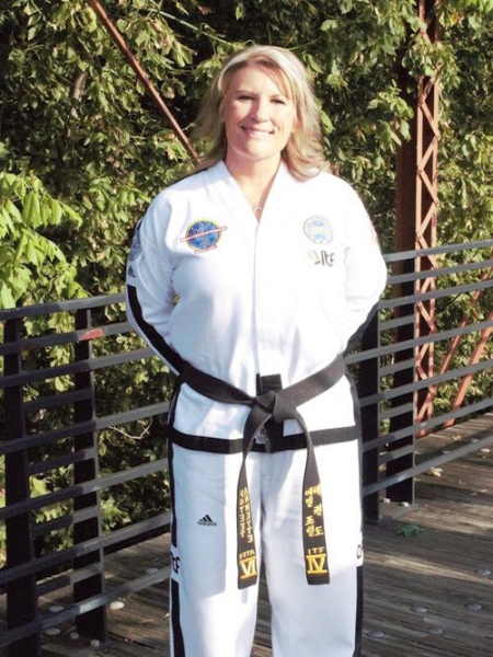 Mrs.  Annette Poteet in Midlothian - Poteet Martial Arts