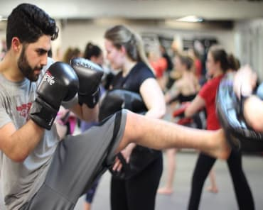 Kickboxing and Fitness in Ottawa - 100% Martial Arts & Fitness