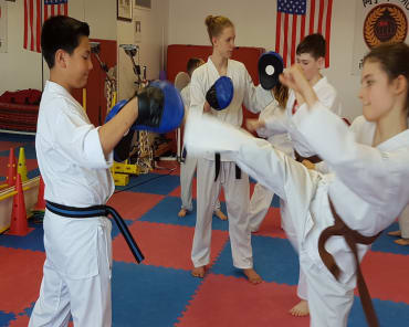 Kids Martial Arts in Kaiserslautern - Loveless Academy of Karate & Kobudo