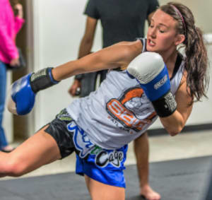 3 Reasons Why Kickboxing Gets People in Amazing Shapef