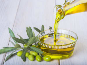 What Is Olive Oil and What are the Health Benefits?