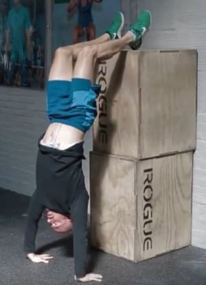 CrossFit in Chelsea - Strong Together Chelsea - A great scale for strict hand stand push ups!