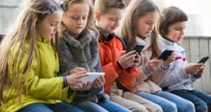 Mobile Phone Addiction - Is your child addicted??