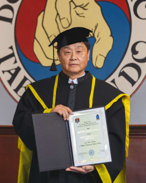 Grandmaster Dong Receives Honorary Doctorate!