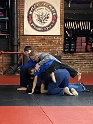 4 Benefits of taking martial arts with a loved one