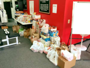 17th Annual Thanks For Giving Food Drive a Huge Success!