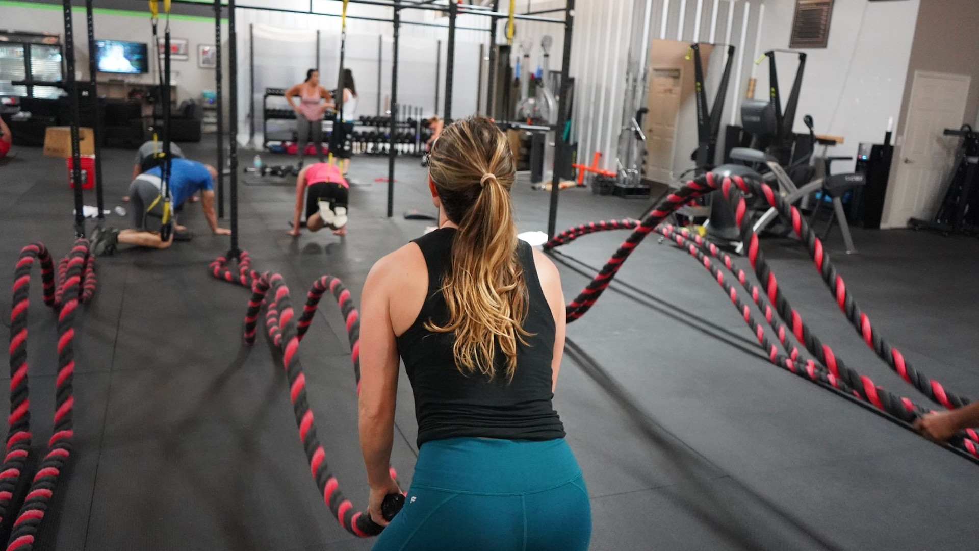 """<style> v {   text-shadow: 2px 2px 8px #007A9C; } </style><v style=""""color:white""""><strong>Personal Training - Group Training - Les Mills Classes</strong></v>"""