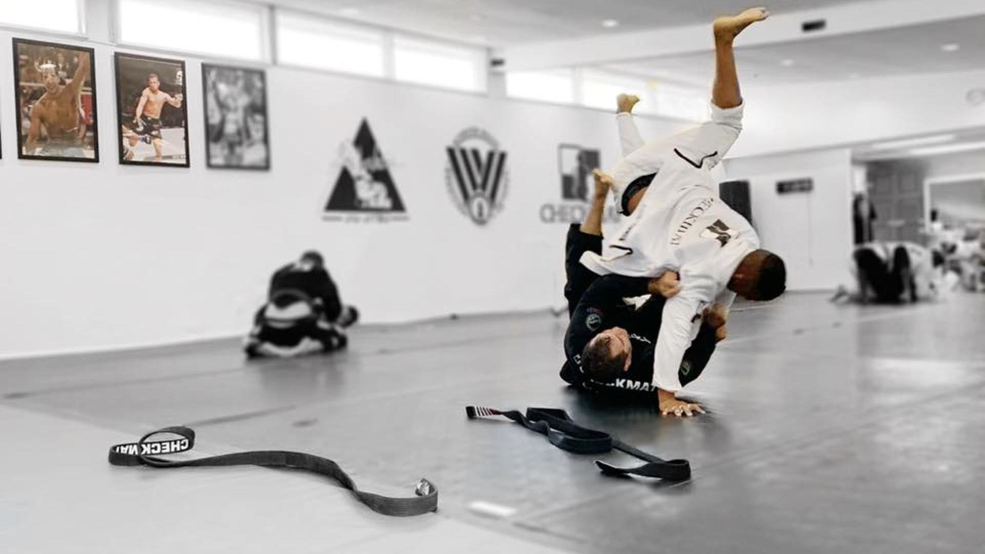 <style>  v {    text-shadow: 2px 2px 8px #1e2a55;  color: #fff; } </style><strong><v>BJJ | Kids Martial Arts | Women's Self Defense</v></strong>