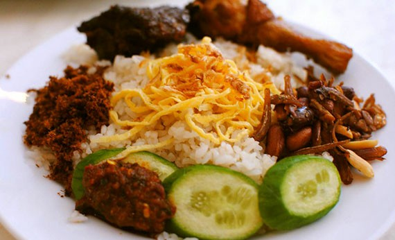 Kuliner Indonesia - Nasi Uduk