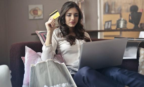Jangan Penasaran Pengeluaran Uang Orang Lain - Berbicara Tentang Keuangan