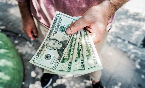Bayar Hutang Tepat Waktu - Berbicara Tentang Keuangan