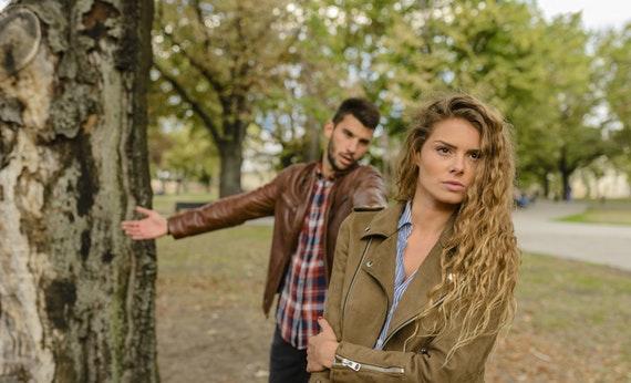 Jangan Paksakan Untuk Berbicara - Cara Menyelesaikan Masalah Dengan Pasangan